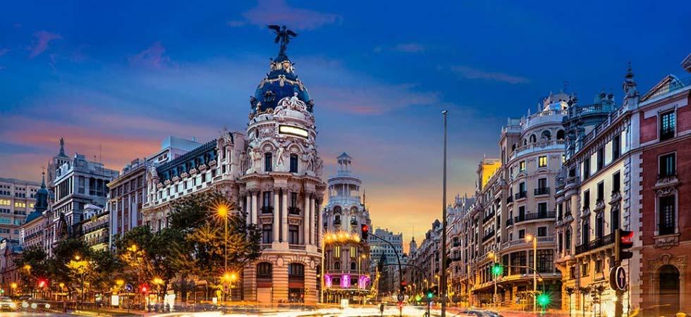 Những địa điểm tham quan hàng đầu Madrid